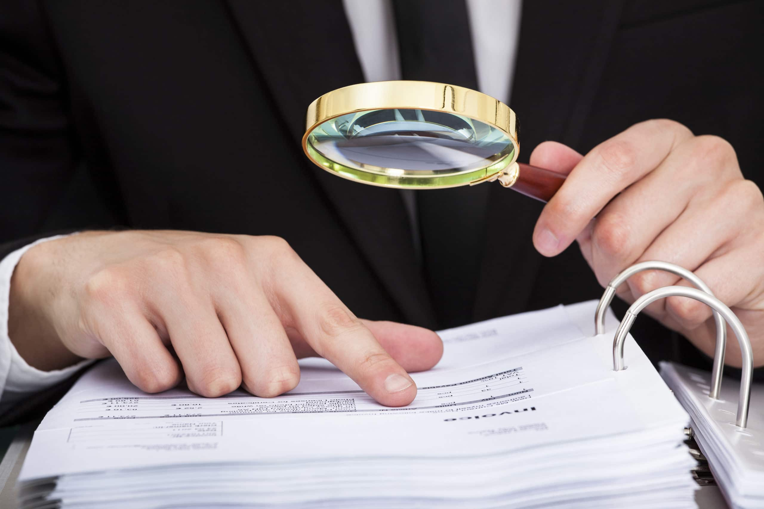Magnifying Glass to Investigate Hybrid Cloud